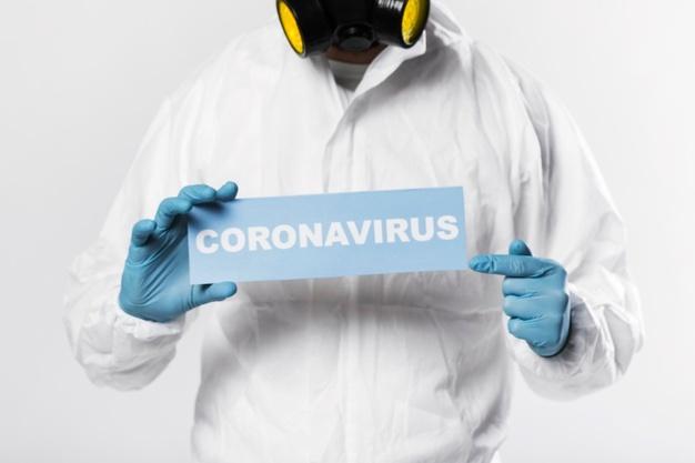 retrato-hombre-adulto-cartel-coronavirus_23-2148439988